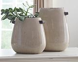 Diah Vase (Set of 2), Tan
