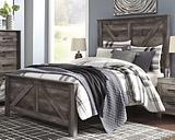 Wynnlow Queen Crossbuck Panel Bed, Gray