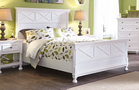 Kaslyn Queen Panel Bed, White